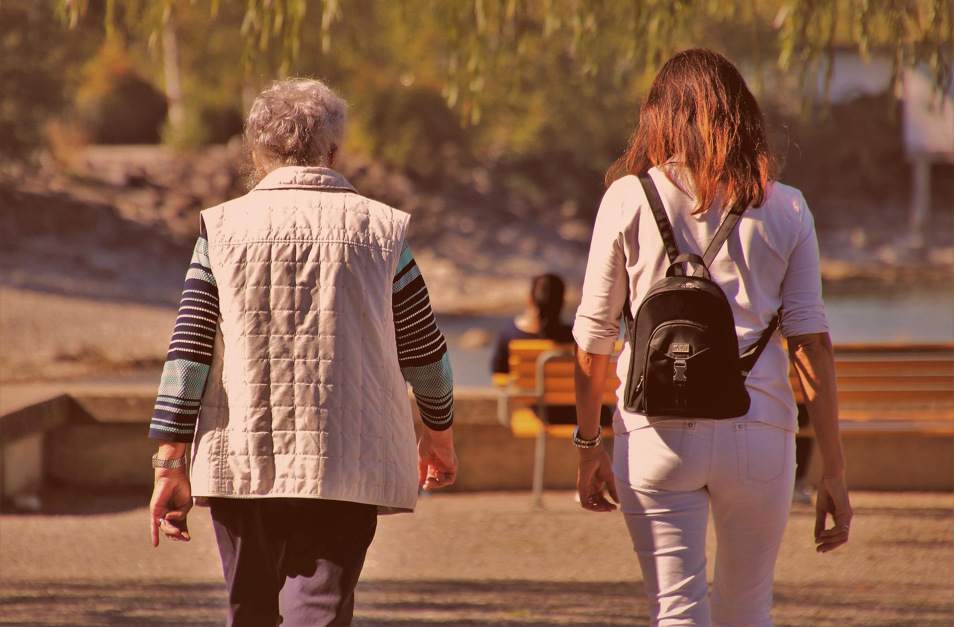 01. Faire cohabiter les générations : jeunes et seniors, vivons ensemble !